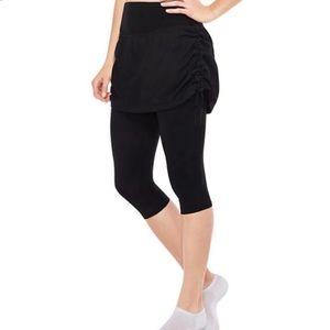 Spanx Black Skirted Cropped Capri Leggings Pants